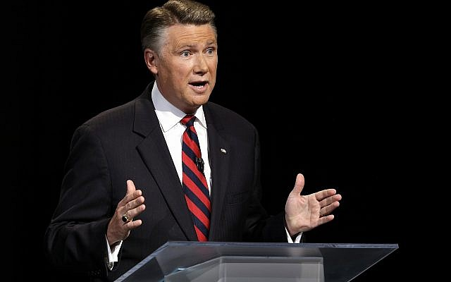 Republican senatorial candidate from North Carolina Mark Harris speaks during a live televised debate at UNC-TV studios in Research Triangle Park, North Carolina, on April 28, 2014. (AP Photo/ Pool)