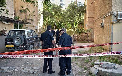 Illustrative: Police at a crime scene (Basel Awidat/Flash90)