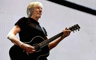 Musician Roger Waters performs during his Us + Them Tour at Staples Center on June 20, 2017 in Los Angeles, California.  (Kevin Winter/Getty Images)