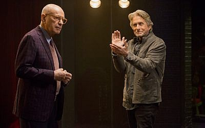 "Alan Arkin, left, and Michael Douglas star in ""The Kominsky Method,"" the latest from ""Big Bang Theory"" creator Chuck Lorre. (Mike Yarish/Netflix/JTA)"