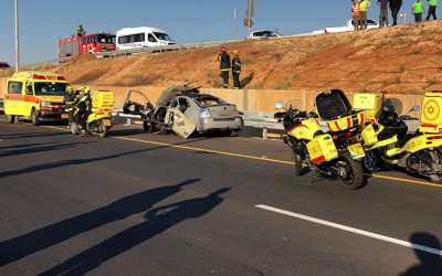 The scene of a suspected criminal underworld car bomb explosion on Route 2, November 7, 2018. (MDA spokeperson)