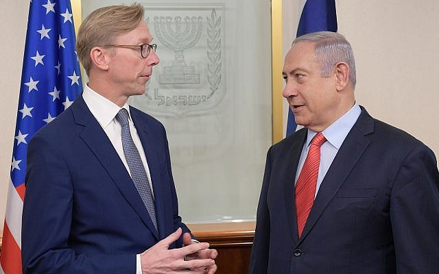 Prime Minister Benjamin Netanyahu (R) meets with Brian Hook, the US State Department's special representative for Iran, at the Prime Minister's Office in Jerusalem on November 15, 2018. (Amos Ben Gershom/GPO)