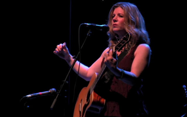 Dar Williams performed in Jerusalem on Tuesday, November 27, 2018 as part of a four concert tour in Israel (Photo courtesy of Dar Williams website)
