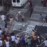 Supporters of Argentinian soccer club All Boys clash with police after losing to Atlanta on November 23, 2018 (Screencapture)