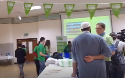 British Jews cook chicken soup for homeless people with volunteers from a Muslim group for Mitzvah Day 2018 (Screencapture/BBC)