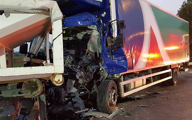 A truck involved in an accident on Route 40, November 26, 2018. (Magen David Adom)