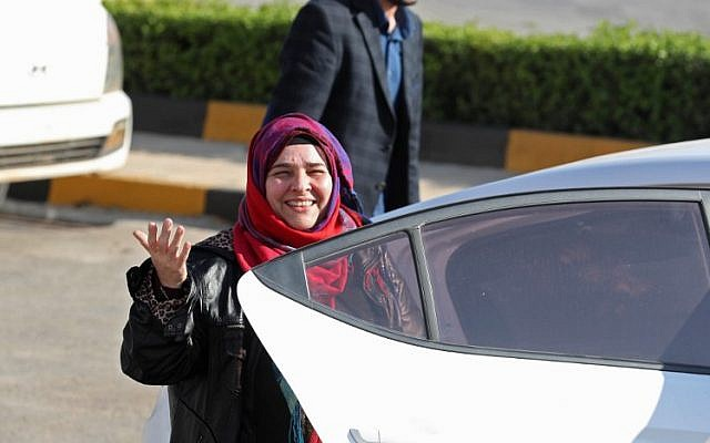 Nancy Roxana Papa, an 54-year-old Argentinian woman who was recently released after being kidnapped since 2016, speaks to the press at the Bab al-Hawa crossing with Turkey on October 30, 2018 ahead of being handed over to Turkish authorities. (OMAR HAJ KADOUR / AFP)