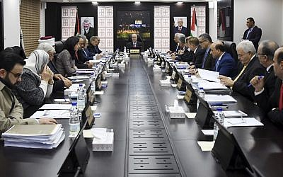 Palestinian Authority government meeting in Ramallah on December 27, 2018. (Credit: Wafa)