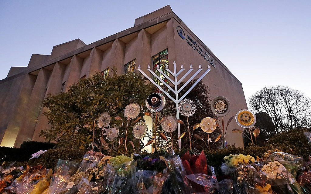 Pittsburgh Synagogue holds Hannukah ceremony at mass shooting site