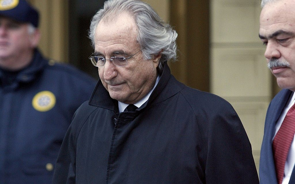 Bernie madoff aides face sentencing