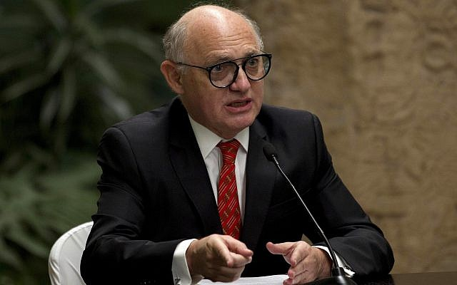 Argentina's then-foreign minister Hector Timerman speaks to journalists at a joint press conference with Guatemalan foreign minister Carlos Raul Morales, during a meeting of the Central American Integration System or SICA, in Guatemala City, March 26, 2015. (AP/Moises Castillo)