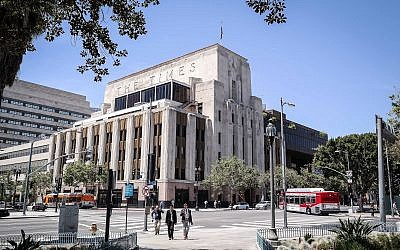 A view of the Los Angeles Times Building in the Civic Center district of Downtown Los Angeles, California. (Wikipedia/Visitor7/CC BY-SA)