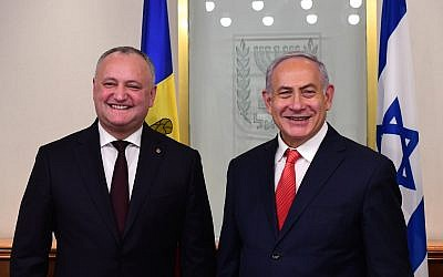 Prime Minister Benjamin Netanyahu hosts Moldovan President Igor Dodon on his first visit to Israel, December 18, 2018 (Kobi Gideon / GPO)
