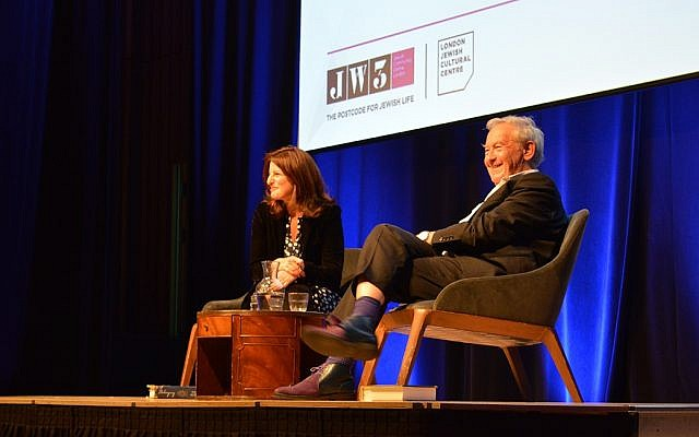 Jewish-Anglo historian and author Simon Schama at a JW3 event. (Courtesy)