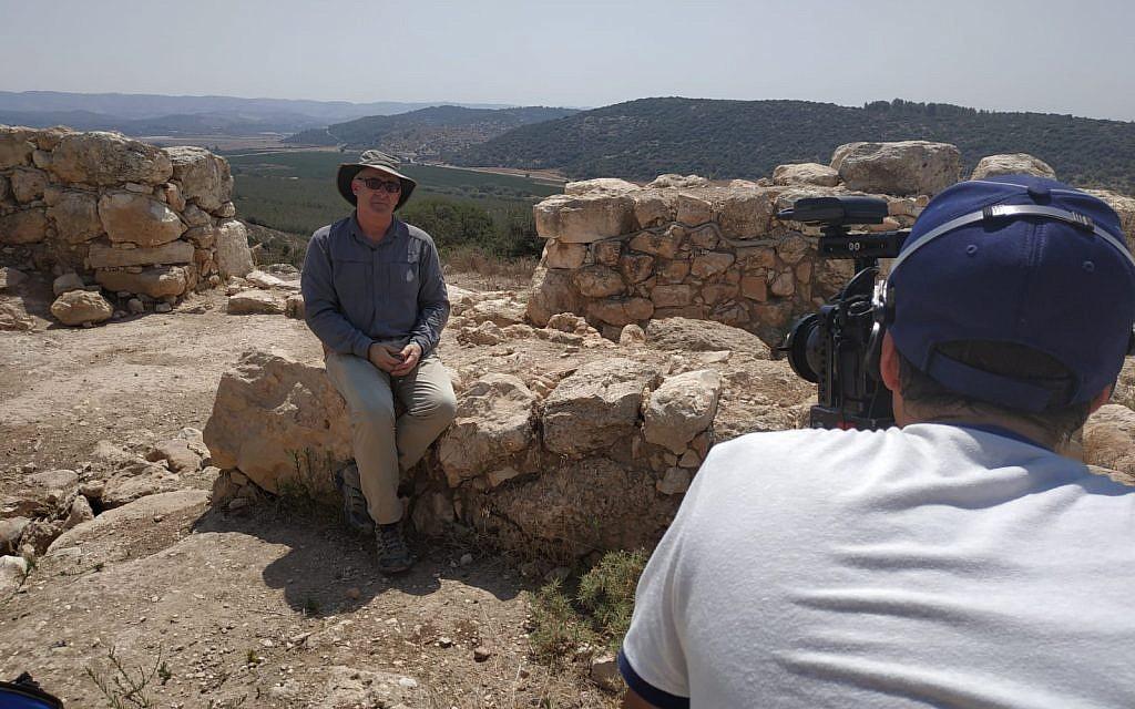 Bar-Ilan University Prof. Aren Maeir filmed for the new MOOC, 'Biblical Archaeology: The Archaeology of Ancient Israel and Judah.' (Yael Paz/Online Academe)