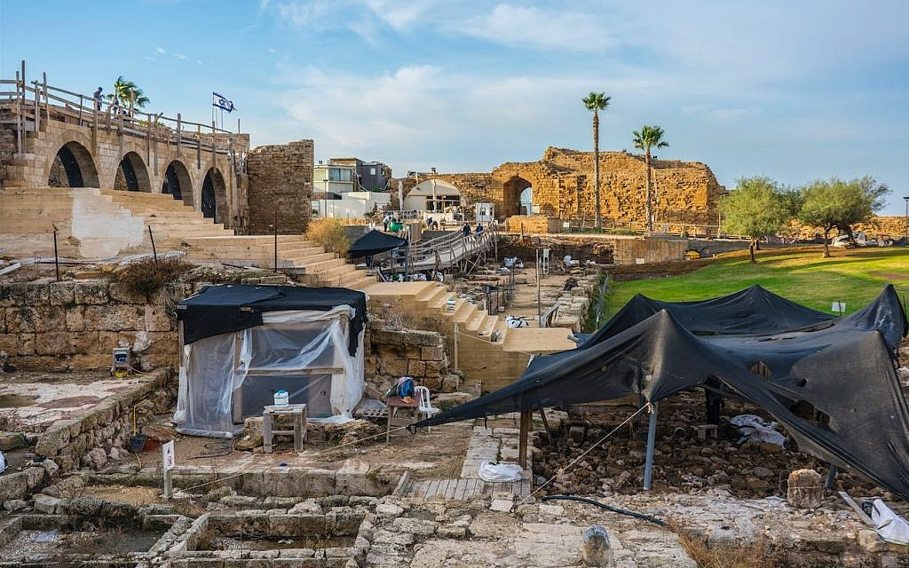 General view of the Caesarea Maritima archaeological excavations. (Yaakov Shimdov, Israel Antiquities Authority)
