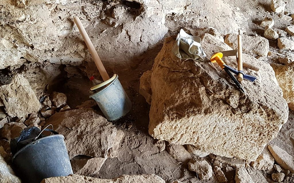 A pirate excavation discovered by the Archaeology department of the Civil Administration in the West Bank. (Courtesy of Israel staff officer of archeology in the Civil Administration)