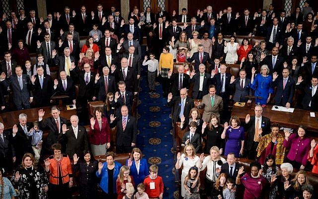 Members are sworn in at the House of Representatives during the opening session of the 116th Congress on Capitol Hill in Washington, DC, January 3, 2019. (Brendan Smialowski/AFP)
