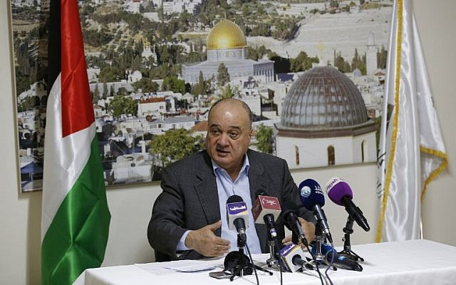 Nasser al-Qudwa, a member of Fatah's Central Committee and the nephew of late Palestinian leader Yasser Arafat, addresses a news conference in the West Bank city of Ramallah on January 23, 2019, against a backdrop showing Jerusalem's Dome of the Rock mosque, to comment on a decision by an Israeli court to issue a temporary lien for a plot of land belonging to Arafat in East Jerusalem. (ABBAS MOMANI / AFP)