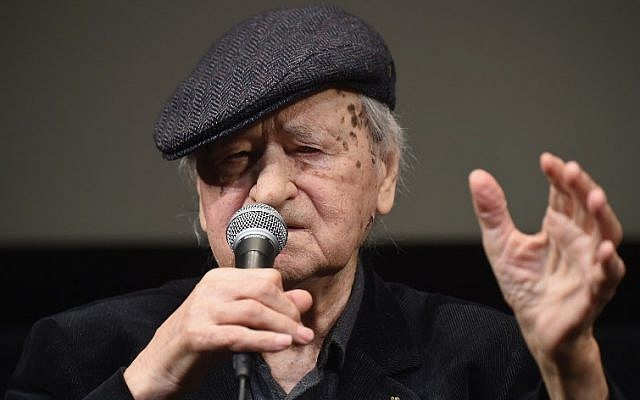 Writer and film director Jonas Mekas seen during the 54th New York Film Festival at The Film Society of Lincoln Center, Walter Reade Theater in New York City, October 13, 2016. (Michael loccisano/GETTY IMAGES NORTH AMERICA/AFP)