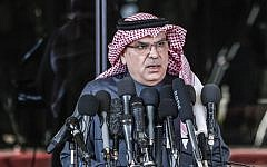 Mohammed al-Emadi, chairman of Qatar's National Committee for the Reconstruction of Gaza, speaks at a press conference in Gaza City on January 25, 2019. (Mahmud Hams/AFP)