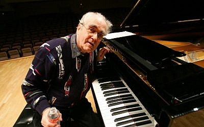 (FILES) In this photo taken on November 9, 2005 French pianist Michel Legrand poses during a rehearsal with Cuban pianist Chucho Valdes before their joint concert in Madrid (Pierre-Philippe MARCOU / AFP)