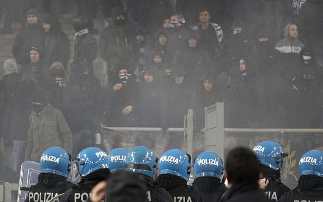 Anti riot police during a Europa League, Group H soccer match between Lazio and Eintracht Frankfurt at Rome's Olympic stadium, December 13, 2018. (AP Photo/Gregorio Borgia)