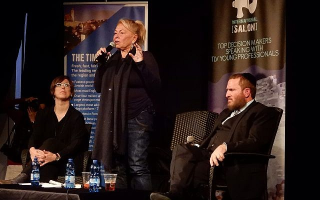 Comedian Roseanne Barr speaks in Tel Aviv on January 28, 2019, at an event organized by the Tel Aviv International Salon in partnership with The Times of Israel. (Times of Israel staff)
