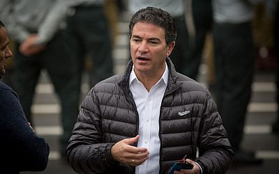 Mossad head Yossi Cohen attends a handover ceremony for the position of chief of military intelligence at the  Glilot military base, near Tel Aviv, on March 28, 2018. (Miriam Alster/Flash90)