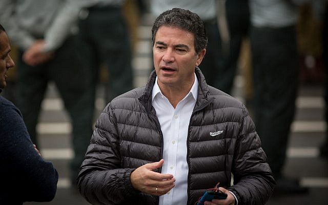 Mossad head Yossi Cohen attends a handover ceremony for the position of IDF chief of military intelligence at the Glilot military base, near Tel Aviv, on March 28, 2018. (Miriam Alster/Flash90)