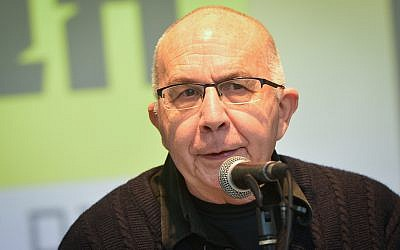 Motti Ashkenazi attends a press conference in Tel Aviv, announcing the launch of his Social Justice party's election campaign, January 13, 2019. (Flash90)