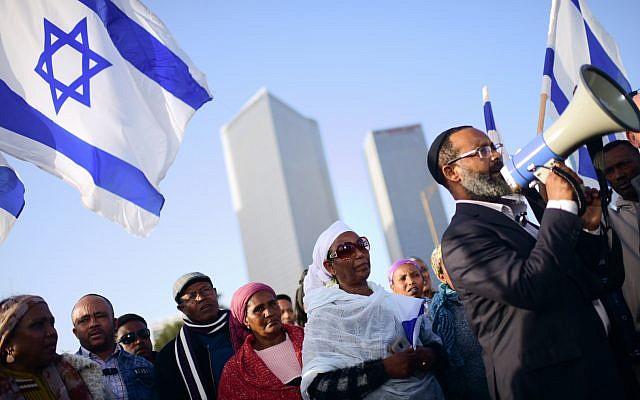 Ethiopian Israelis protest police violence against in Tel Aviv on January 30, 2019. (Tomer Neuberg/Flash90)