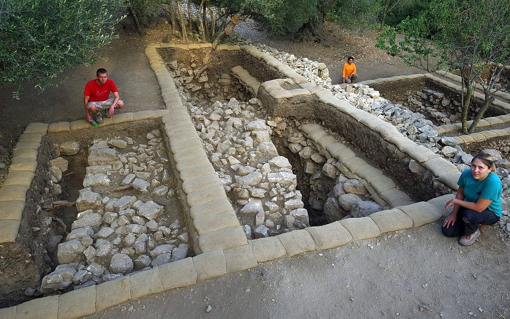 In the upper terrace at Kiriath-jearim, a massive wall was unearthed some 15 cm below topsoil. The well-preserved wall is circa 3 m broad and preserved to 2.15 m on its outer face. (Shmunis Family Excavations at Kiriath-jearim)