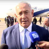 Prime Minister Benjamin Netanyahu speaks to reporters at N'Djamena International Airport in Chad before boarding a flight to Israel on January 20, 2018. (Screen capture: YouTube)