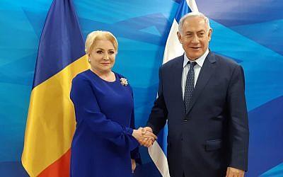 Romanian Prime Minister Dancila (R) and Prime Minister Benjamin Netanyahu meet in Jerusalem, January 18, 2019 (Amos Ben-Gershom/GPO)