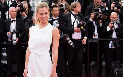 Bar Refaeli arrives for the opening ceremony and the screening of the film La Tete Haute (Standing Tall) at the 68th international film festival, Cannes, southern France, Wednesday, May 13, 2015. (Photo by Arthur Mola/Invision/AP)
