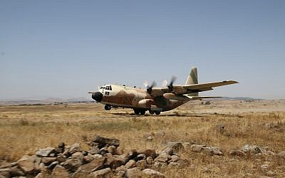 An Israeli Air Force Lockheed C-130 Hercules, June 3, 2015. (Ofer Zidon/Flash90)