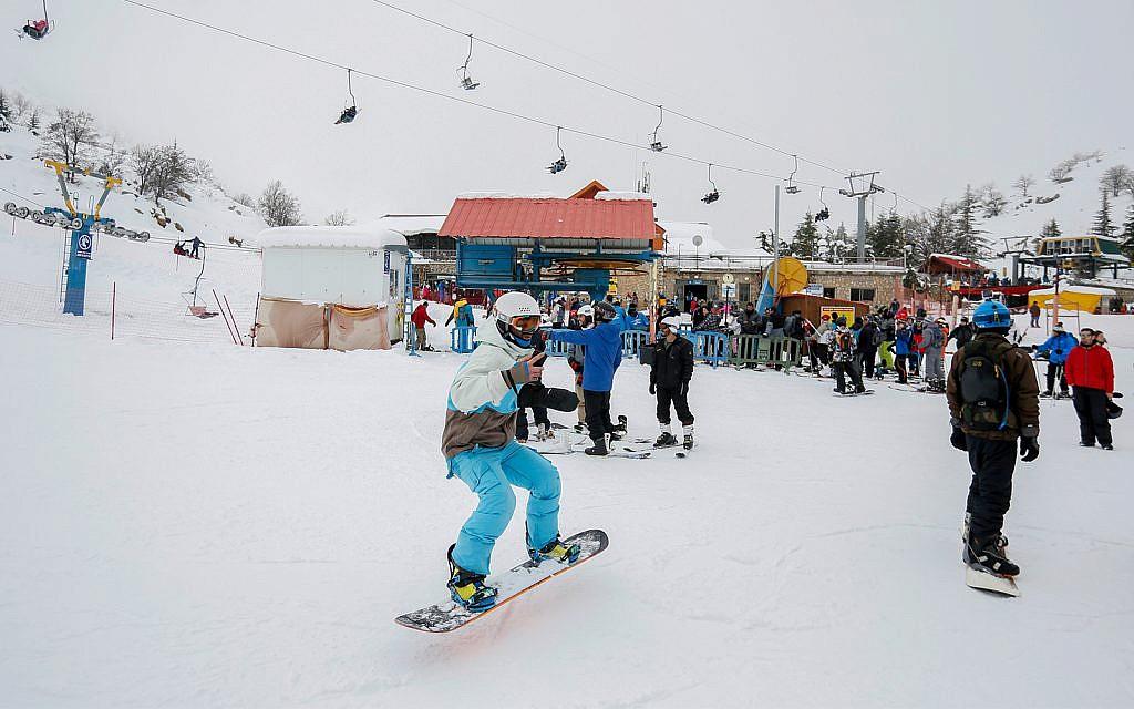Mount Hermon ski resort to reopen amid flareup on northern border