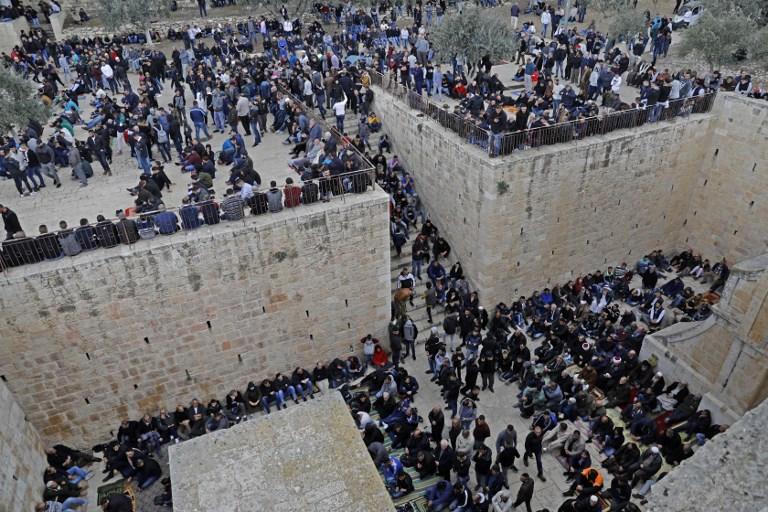 Israel arrests top Muslim cleric after Al-Aqsa protests