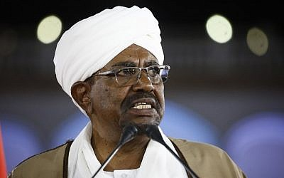 Sudanese President Omar al-Bashir delivers a speech to the nation on February 22, 2019, at the presidential palace in the capital Khartoum (ASHRAF SHAZLY / AFP)