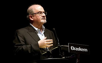 Salman Rushdie speaking in Sao Paulo on May 14, 2014. (Flickr/Greg Salibian/CC BY-SA)