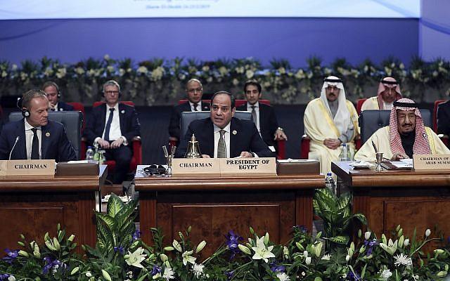Egypt's President Abdel-Fattah El-Sisi, center, chairs a meeting at an EU-Arab summit at the Sharm El Sheikh convention center in Sharm El Sheikh, Egypt, February 24, 2019. (AP Photo/Francisco Seco)