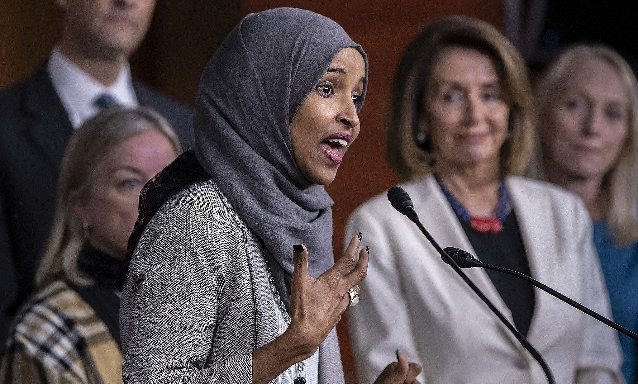 democrats admonish lawmaker omar as outcry over aipac