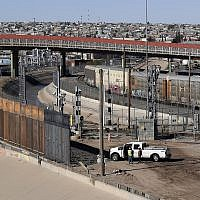 In this Jan. 22, 2019, photo, a new barrier is built along the Texas-Mexico border near downtown El Paso (AP Photo/Eric Gay)