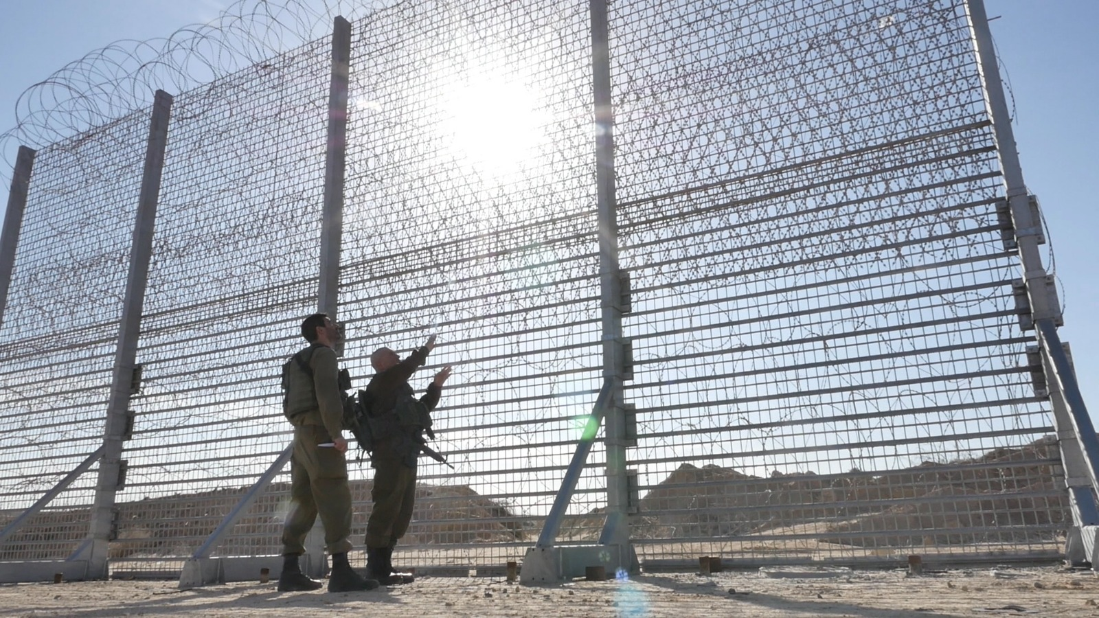 Israel Starts Construction On 20 Foot High Fence Surrounding Gaza The Times Of Israel