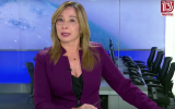 Channel 13 TV anchor Oshar Kotler holds back tears during a February 23, 2019 broadcast (YouTube screenshot)