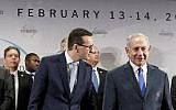 Prime Minister of Poland Mateusz Morawiecki, left, and Israeli Prime Minister Benjamin Netanyahu, at a conference on Peace and Security in the Middle East in Warsaw, Poland, February 14, 2019. (AP/Michael Sohn)