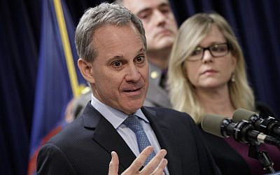 Former New York state attorney general Eric Schneiderman speaking at a news conference in New York City, March 15, 2017. (Drew Angerer/Getty Images via JTA)