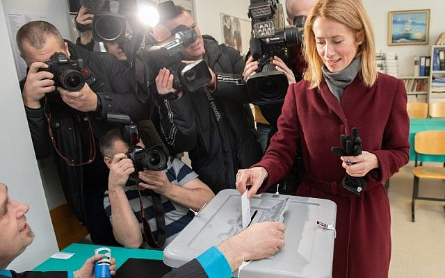 Kaja Kallas, leader of the Reform Party casts her ballot in a polling station during Estonia's general election in Tallin, on March 3, 2019. - (Photo by Raigo PAJULA / AFP)
