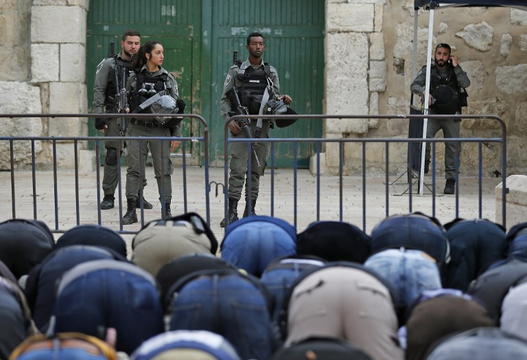 Firebomb Hurled at Israeli Police on Temple Mount, Sparking Riots and Shutdown
